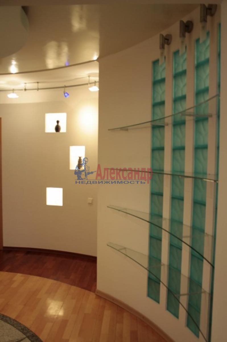 3-комнатная квартира (105м2) в аренду по адресу Невский пр., 117— фото 13 из 20