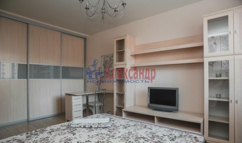 1-комнатная квартира (44м2) в аренду по адресу Полевая Сабировская ул., 47— фото 2 из 4