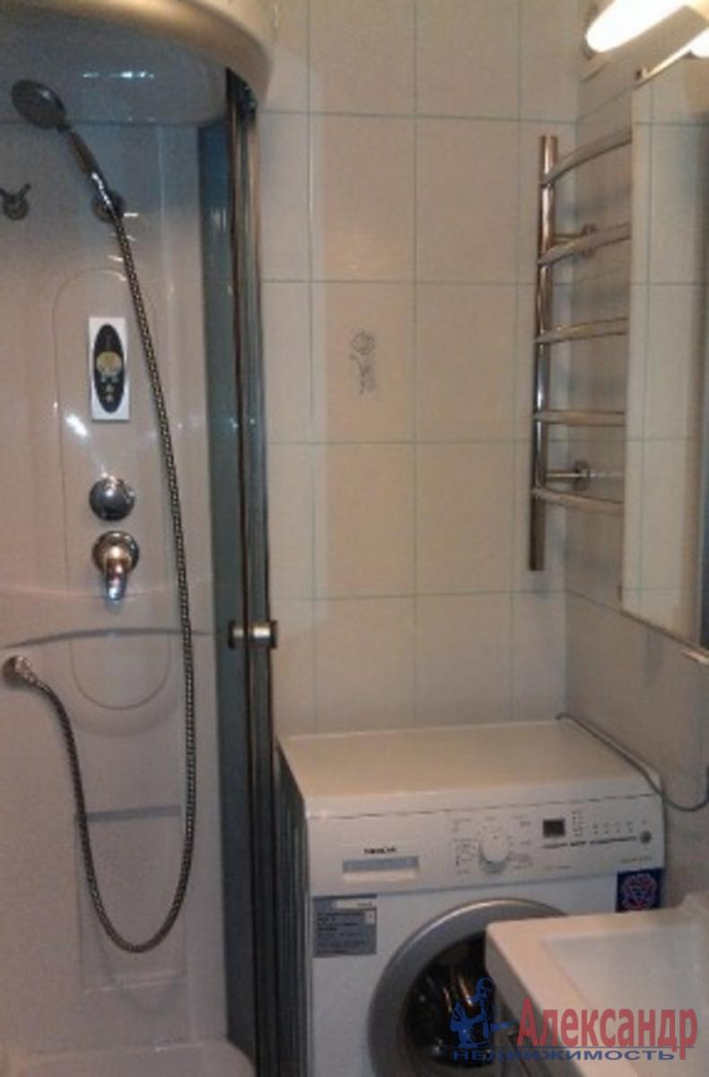 1-комнатная квартира (35м2) в аренду по адресу Московский просп., 73— фото 3 из 3