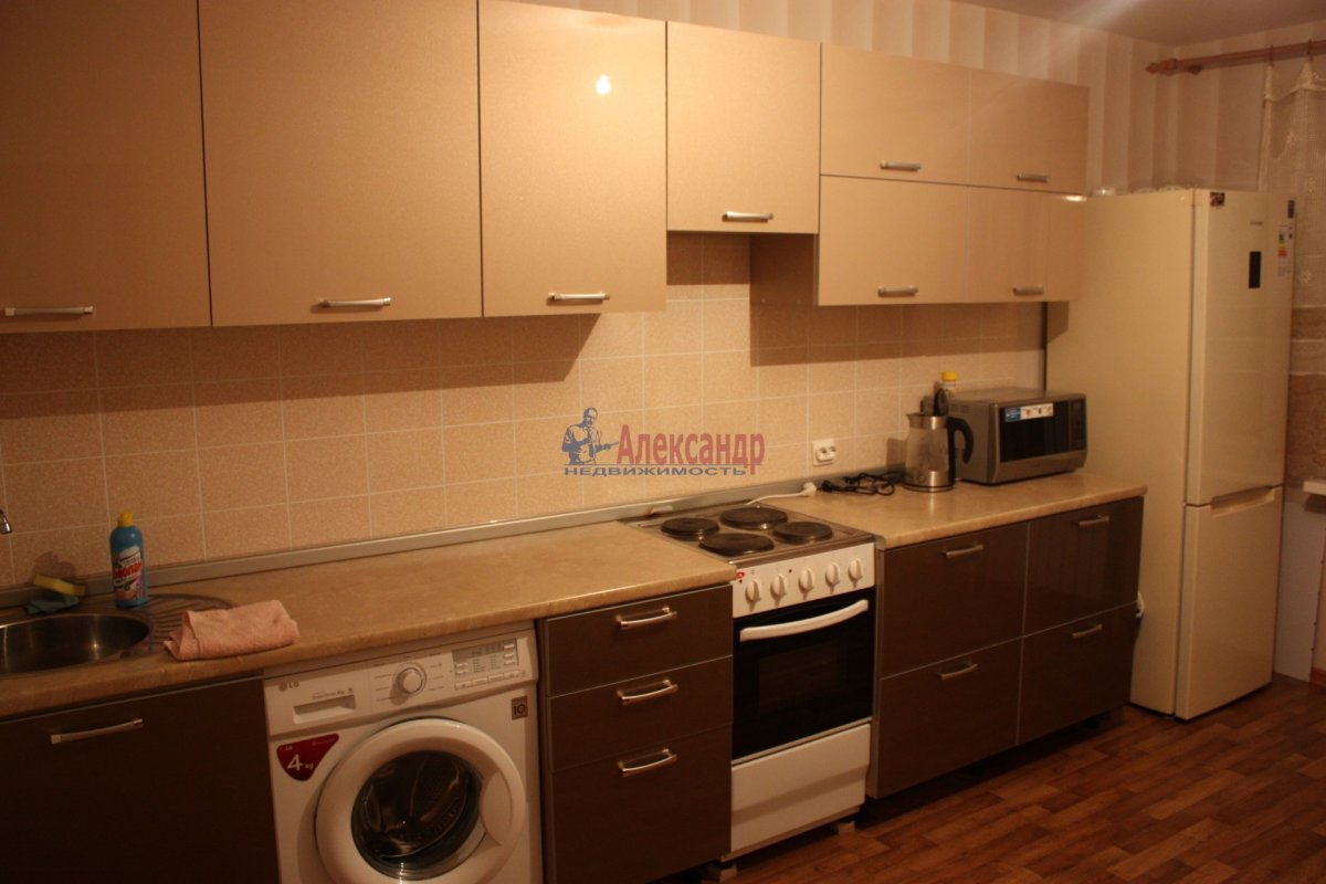 2-комнатная квартира (58м2) в аренду по адресу Богатырский пр., 49— фото 3 из 23