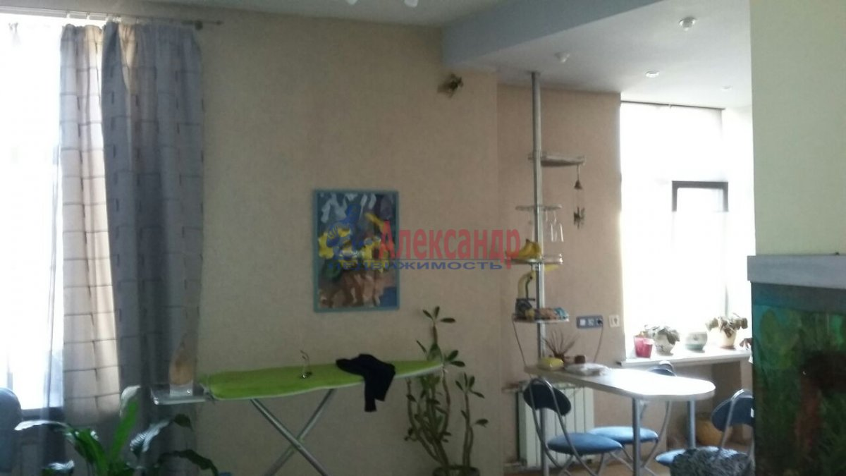 Комната в 3-комнатной квартире (105м2) в аренду по адресу Тульская ул., 9— фото 5 из 11