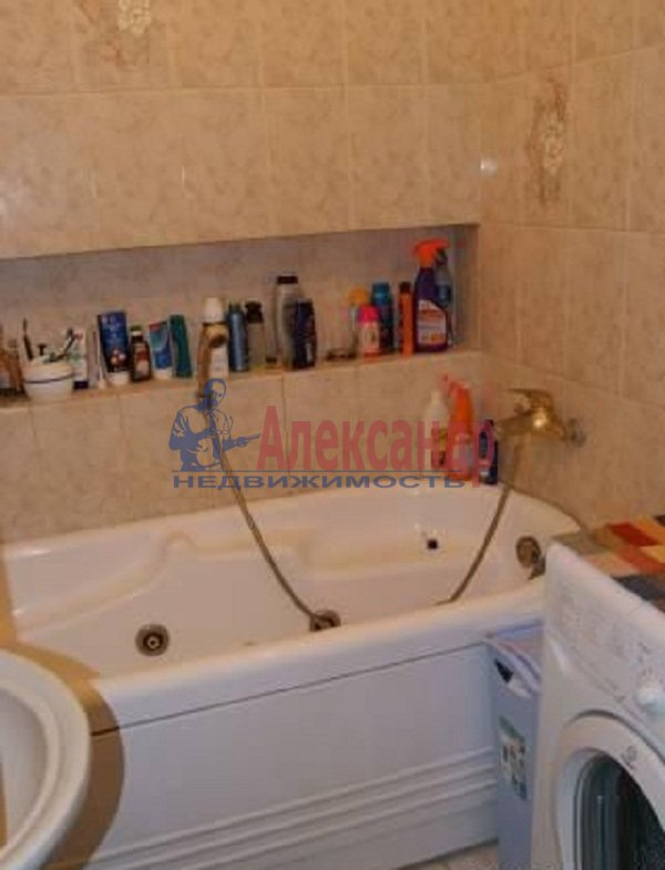 1-комнатная квартира (35м2) в аренду по адресу Шуваловский пр., 68— фото 4 из 4