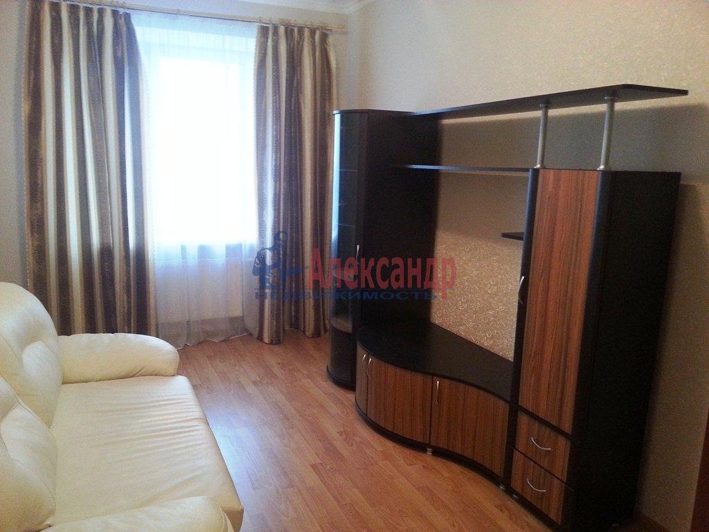 2-комнатная квартира (75м2) в аренду по адресу Энгельса пр., 50— фото 7 из 12
