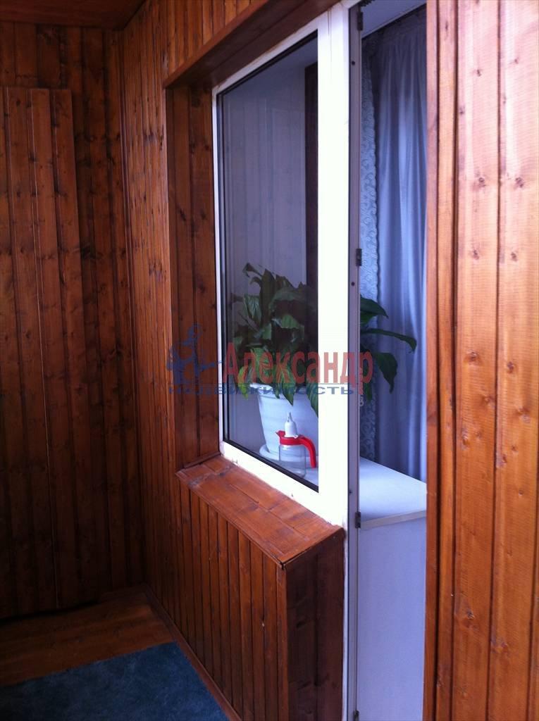 2-комнатная квартира (62м2) в аренду по адресу Бадаева ул., 6— фото 13 из 27