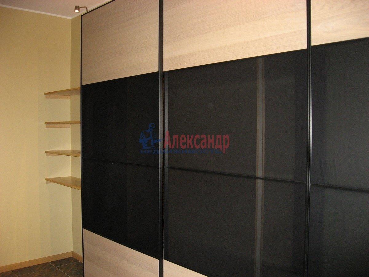 2-комнатная квартира (62м2) в аренду по адресу Одоевского ул., 22— фото 4 из 11