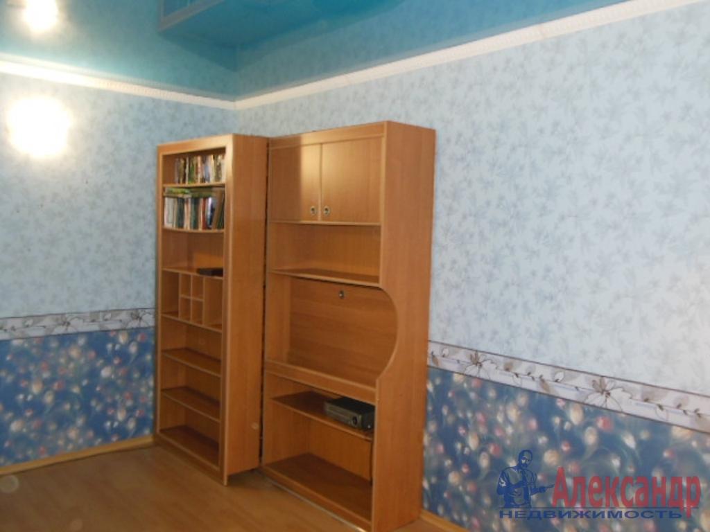 1-комнатная квартира (35м2) в аренду по адресу Лени Голикова ул., 2— фото 2 из 5