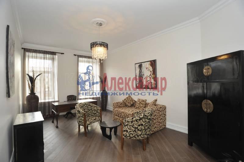 3-комнатная квартира (175м2) в аренду по адресу Реки Фонтанки наб.— фото 8 из 10