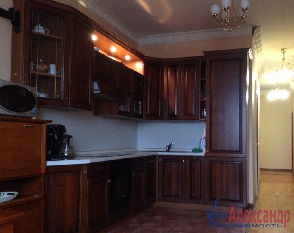 3-комнатная квартира (130м2) в аренду по адресу Восстания ул., 8— фото 3 из 4
