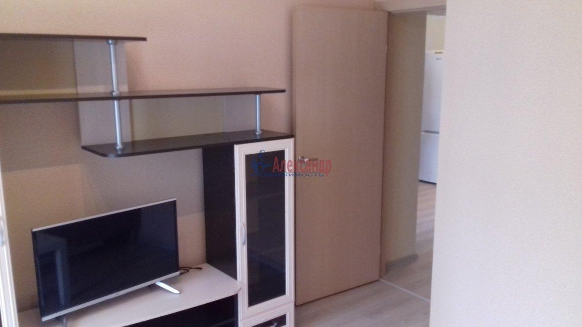 3-комнатная квартира (60м2) в аренду по адресу Михаила Дудина ул., 12— фото 14 из 23