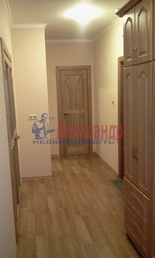 2-комнатная квартира (54м2) в аренду по адресу Софьи Ковалевской ул., 1— фото 4 из 7