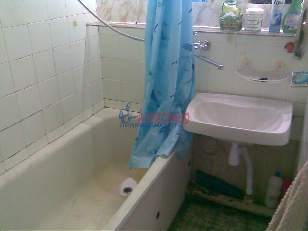1-комнатная квартира (36м2) в аренду по адресу Ленсовета ул., 58— фото 4 из 4