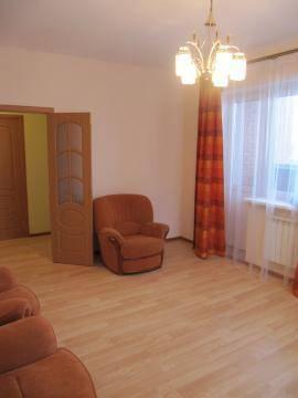 2-комнатная квартира (63м2) в аренду по адресу Авиаконструкторов пр., 16— фото 5 из 10