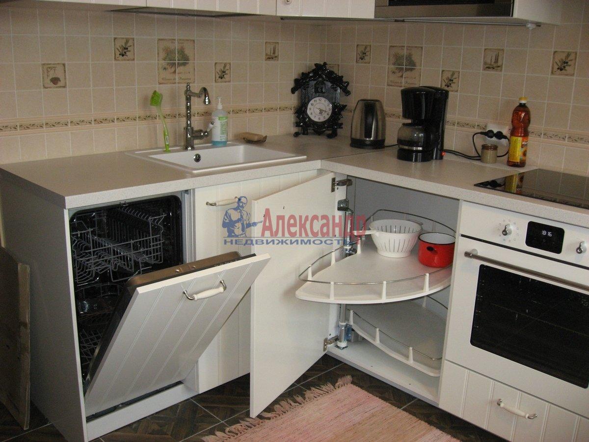 2-комнатная квартира (62м2) в аренду по адресу Одоевского ул., 22— фото 6 из 11