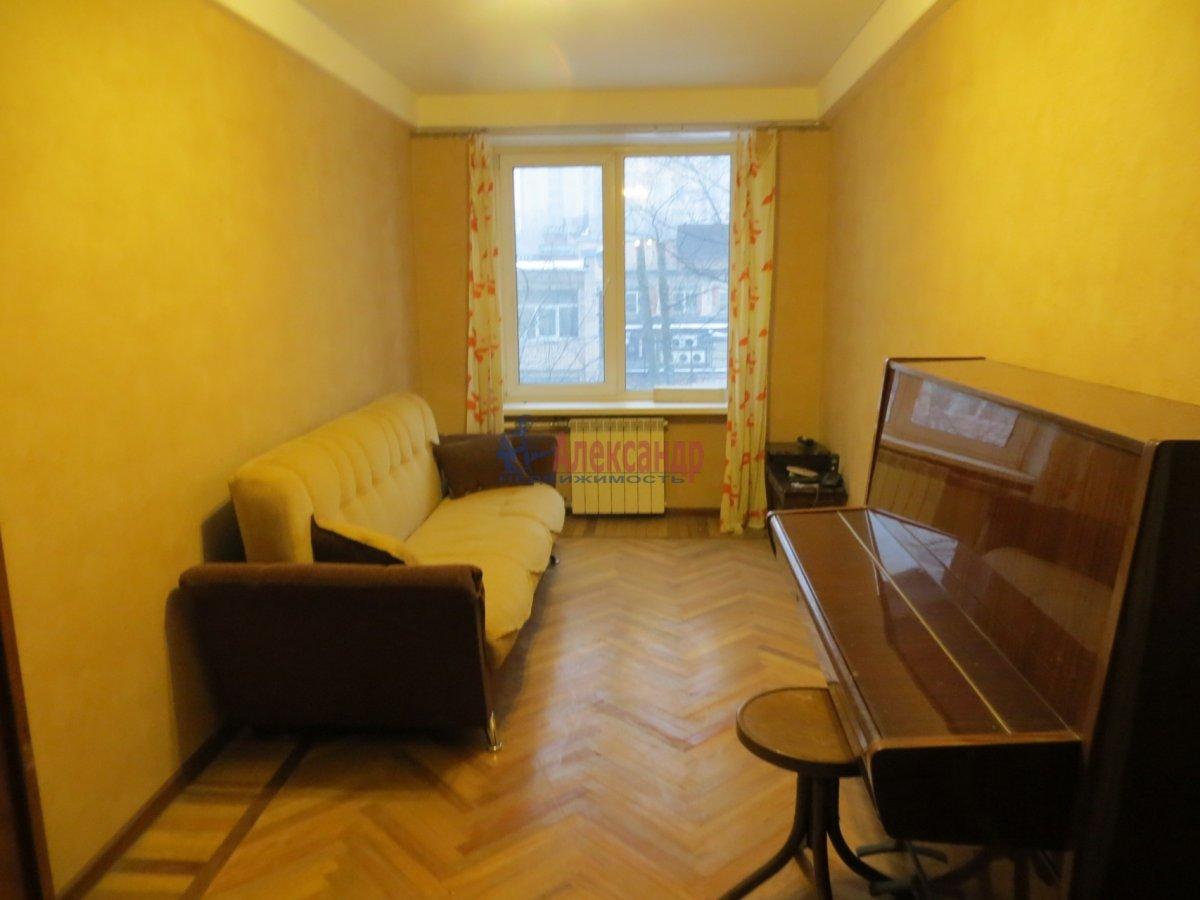 1-комнатная квартира (45м2) в аренду по адресу Кантемировская ул., 2— фото 2 из 3