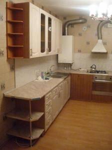 2-комнатная квартира (59м2) в аренду по адресу Серпуховская ул., 34— фото 2 из 2