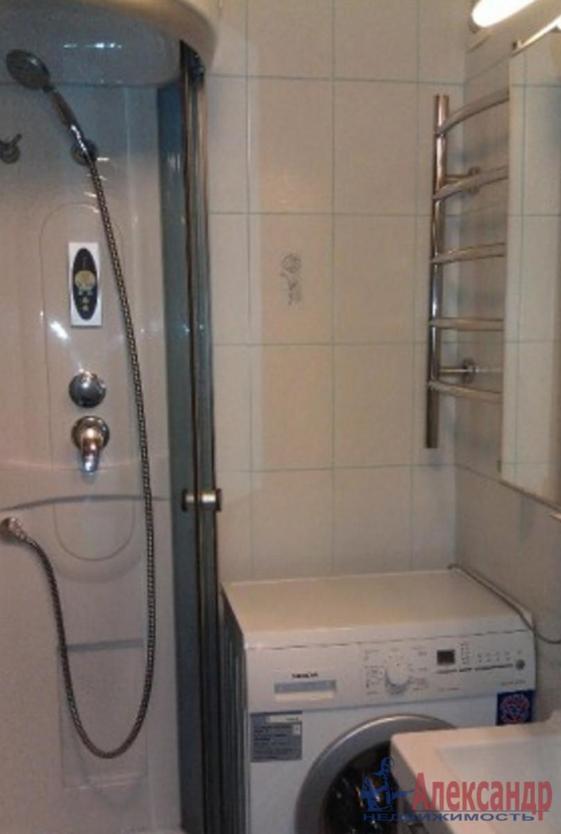 1-комнатная квартира (37м2) в аренду по адресу Обводного канала наб., 108— фото 3 из 3