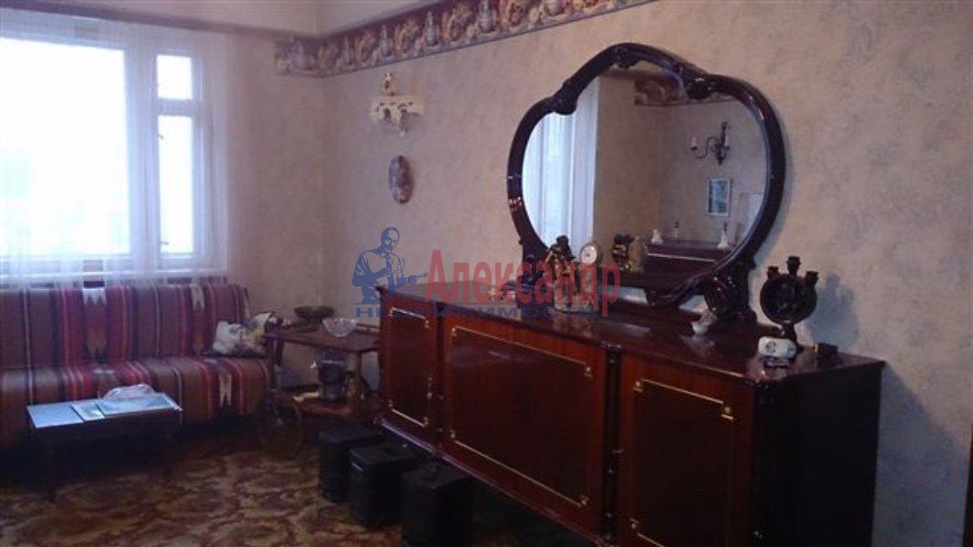 1-комнатная квартира (40м2) в аренду по адресу Полтавская ул., 2— фото 2 из 2