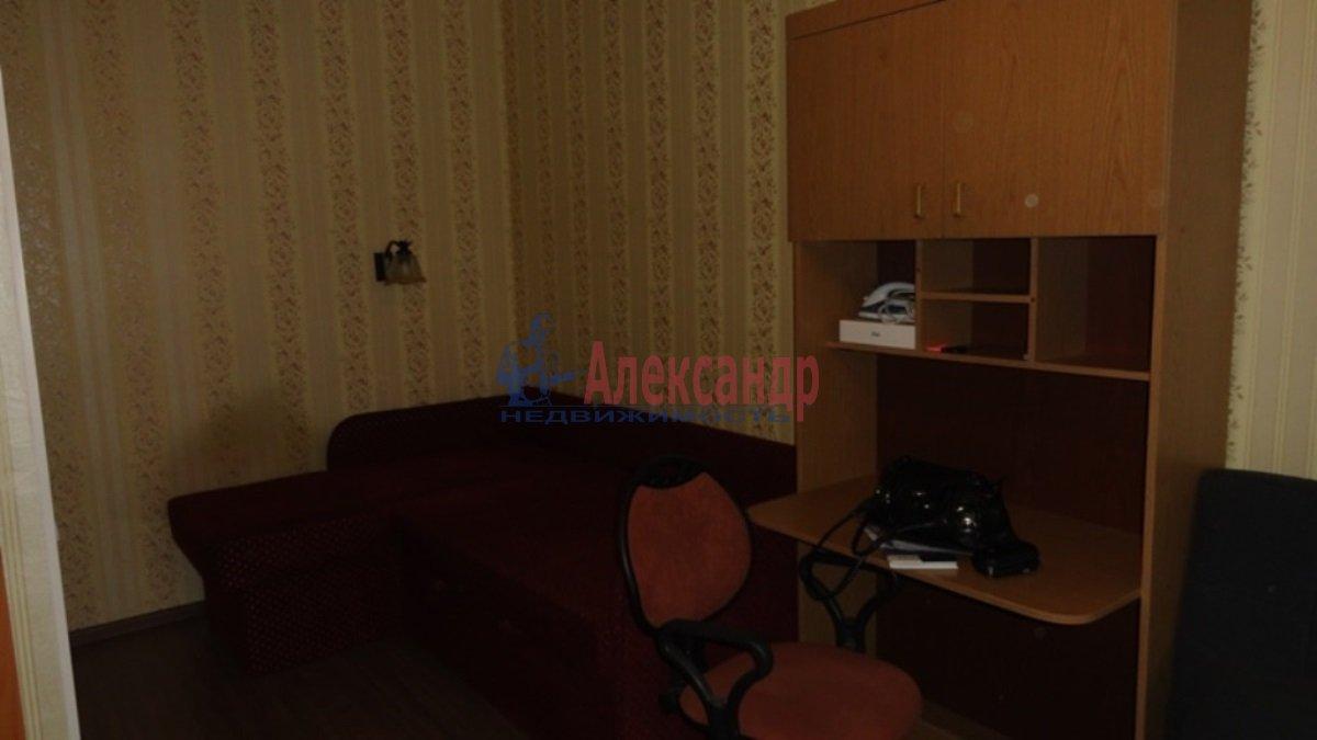 1-комнатная квартира (39м2) в аренду по адресу Шуваловский пр., 84— фото 3 из 5