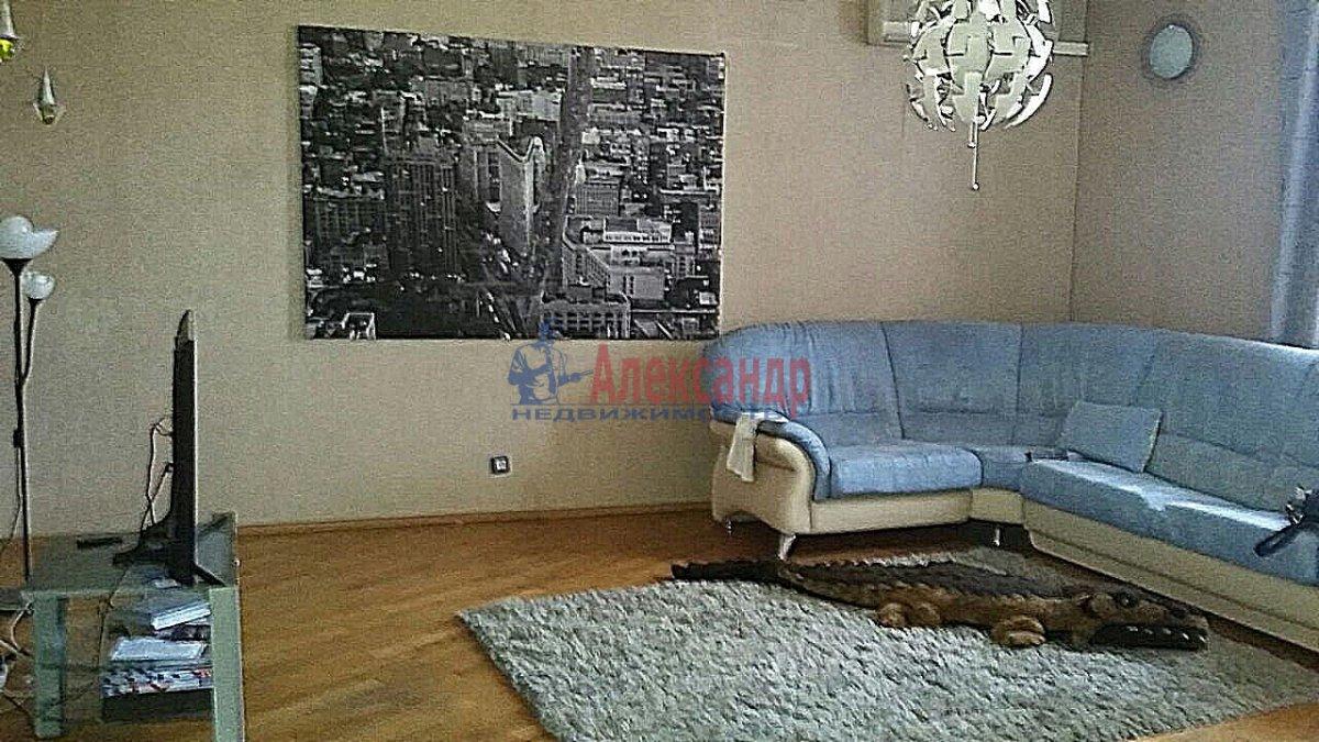 Комната в 3-комнатной квартире (105м2) в аренду по адресу Тульская ул., 9— фото 10 из 11