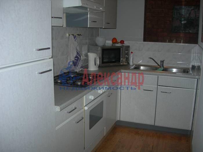 3-комнатная квартира (100м2) в аренду по адресу Союза Печатников ул., 18— фото 4 из 10