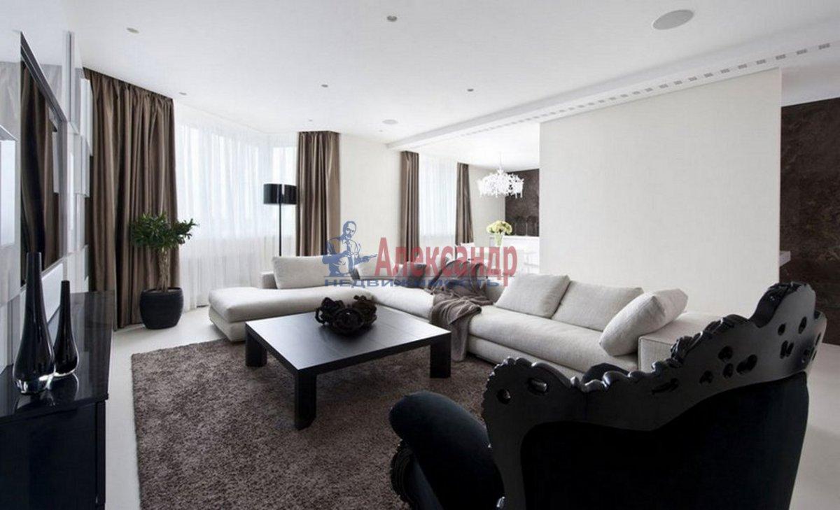 3-комнатная квартира (135м2) в аренду по адресу Константиновский пр., 23— фото 1 из 4