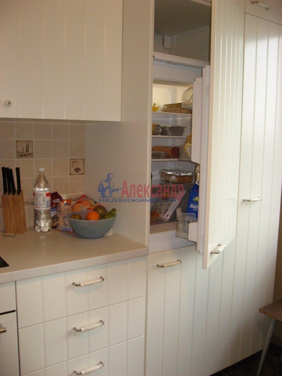 2-комнатная квартира (62м2) в аренду по адресу Одоевского ул., 22— фото 7 из 11