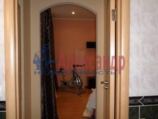 3-комнатная квартира (90м2) в аренду по адресу Невский пр.— фото 9 из 13
