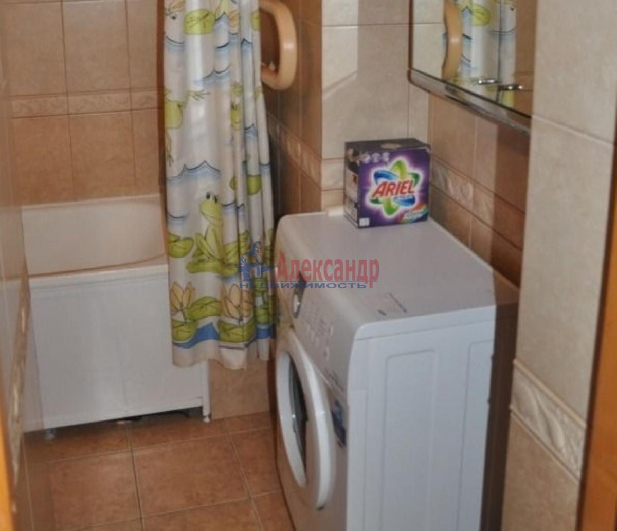 2-комнатная квартира (48м2) в аренду по адресу Севастьянова ул.— фото 3 из 7