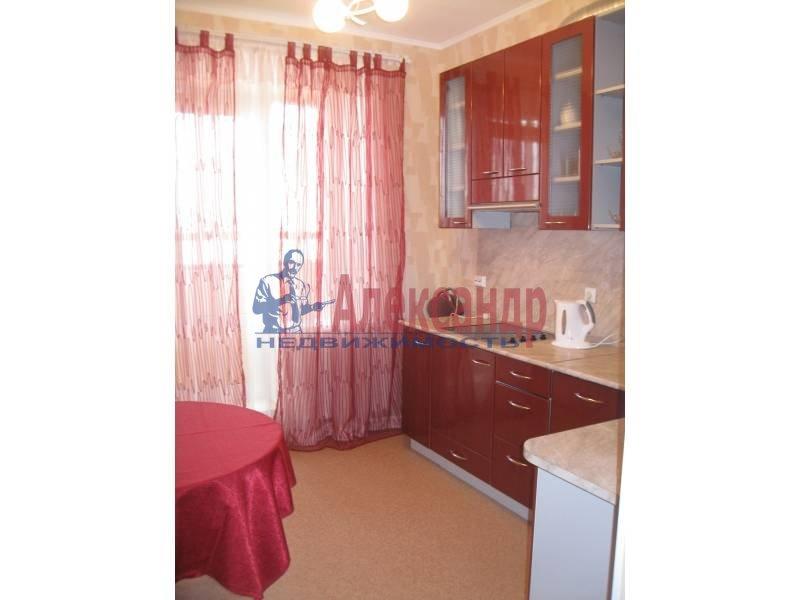 1-комнатная квартира (39м2) в аренду по адресу Автовская ул., 15— фото 1 из 4