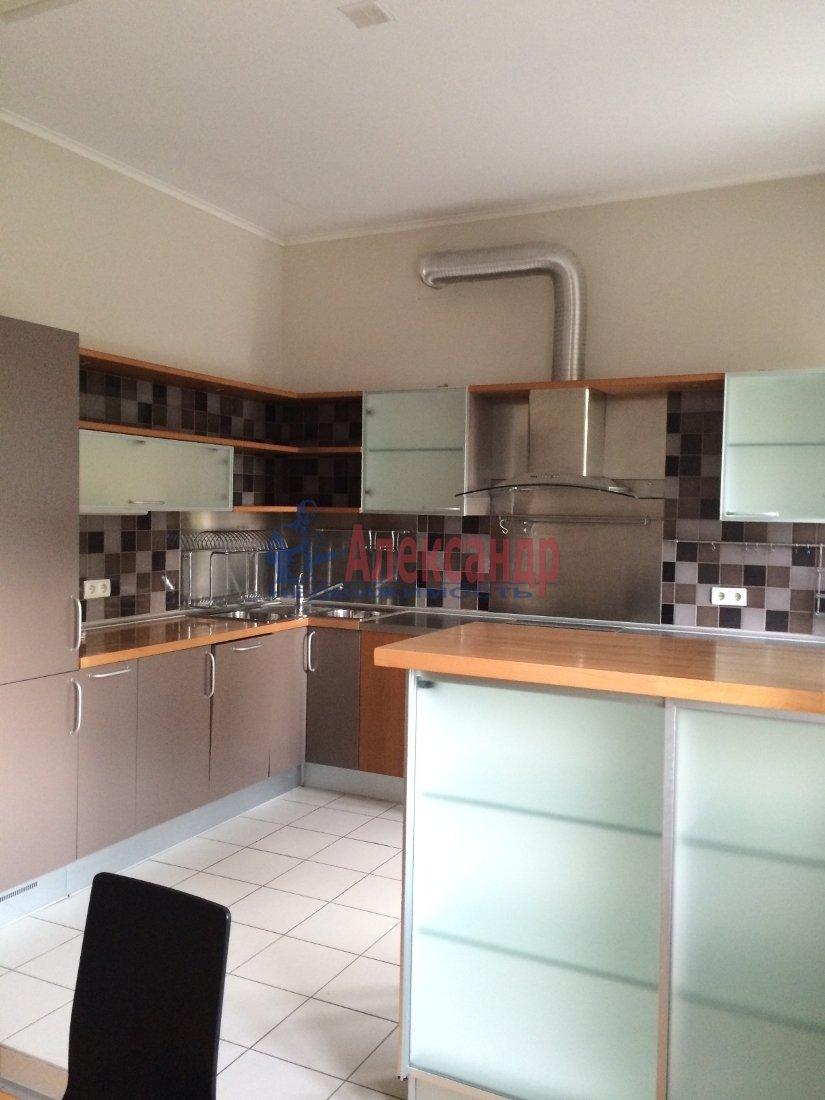3-комнатная квартира (100м2) в аренду по адресу Московский просп., 173— фото 1 из 18