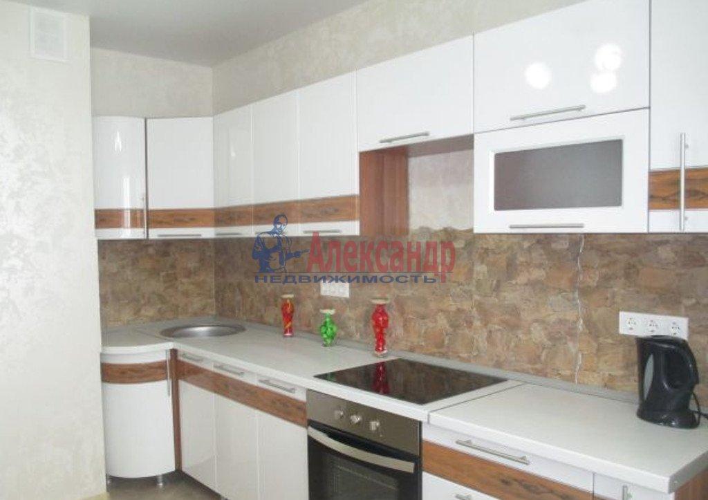 2-комнатная квартира (70м2) в аренду по адресу Кременчугская ул., 13— фото 2 из 5