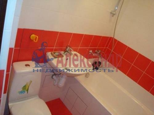 1-комнатная квартира (44м2) в аренду по адресу Колпино г., Советский бул., 10— фото 2 из 2