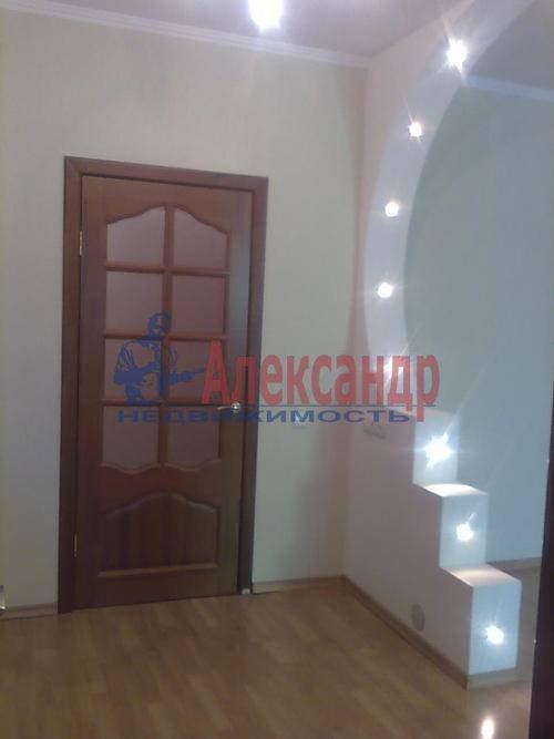 1-комнатная квартира (45м2) в аренду по адресу Композиторов ул., 18— фото 1 из 8