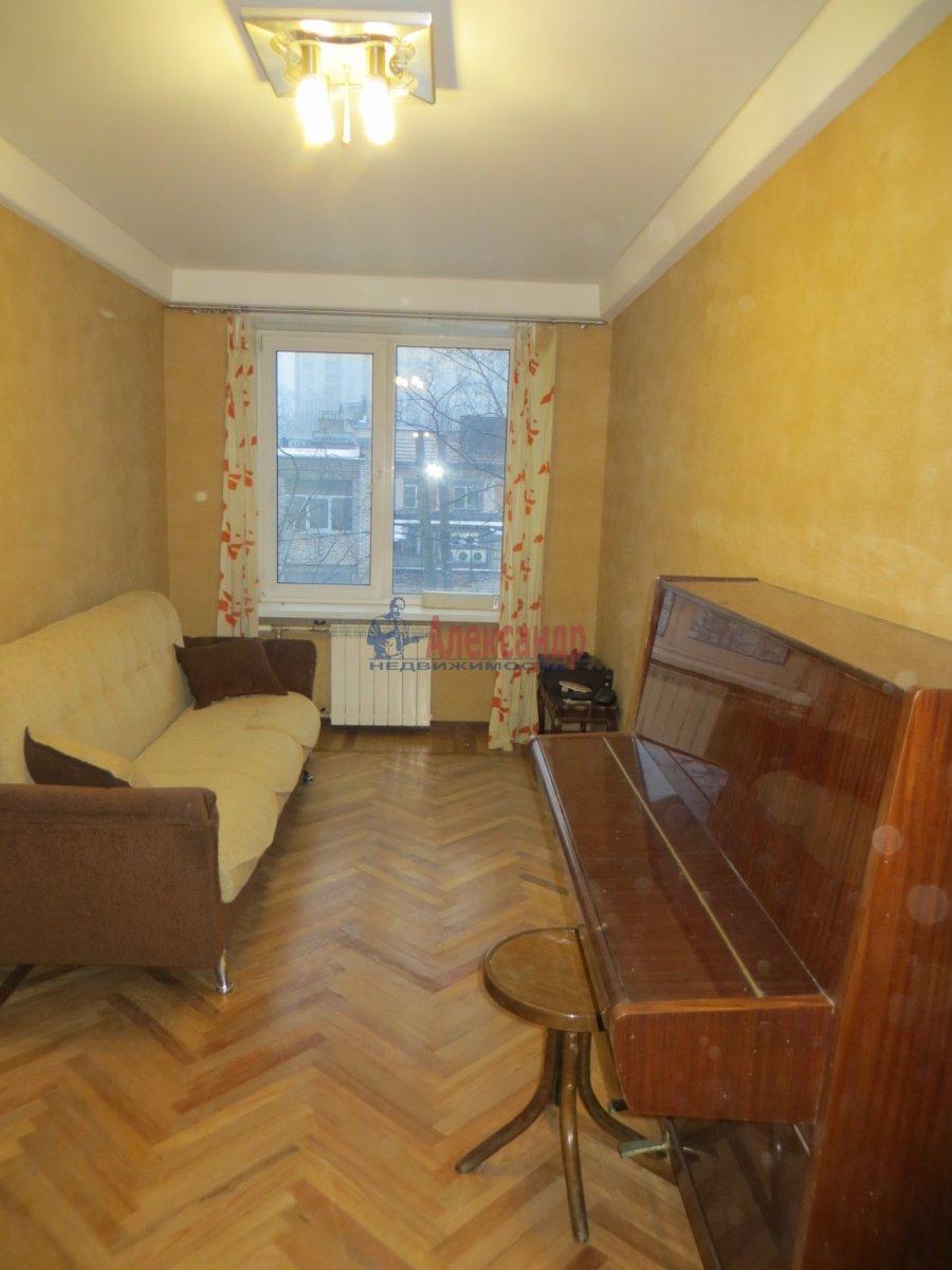 1-комнатная квартира (45м2) в аренду по адресу Кантемировская ул., 2— фото 3 из 3