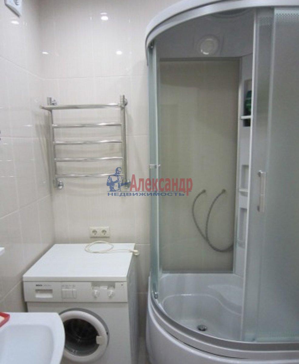 2-комнатная квартира (53м2) в аренду по адресу Кондратьевский пр., 64— фото 4 из 5