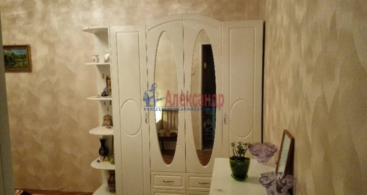 3-комнатная квартира (67м2) в аренду по адресу Сикейроса ул., 6— фото 3 из 8