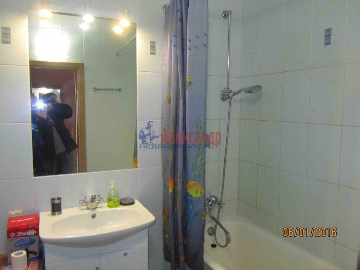 1-комнатная квартира (50м2) в аренду по адресу Манчестерская ул., 10— фото 4 из 4