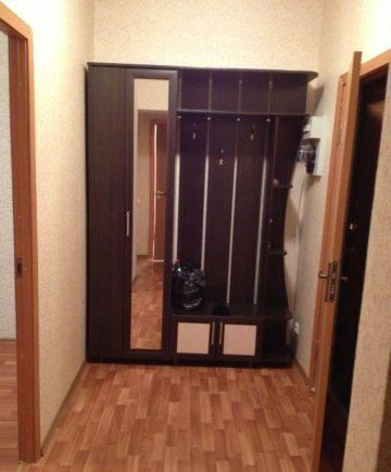 1-комнатная квартира (38м2) в аренду по адресу Адмирала Трибуца ул., 5— фото 1 из 4