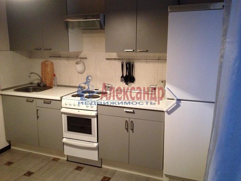 1-комнатная квартира (37м2) в аренду по адресу Савушкина ул., 115— фото 3 из 5