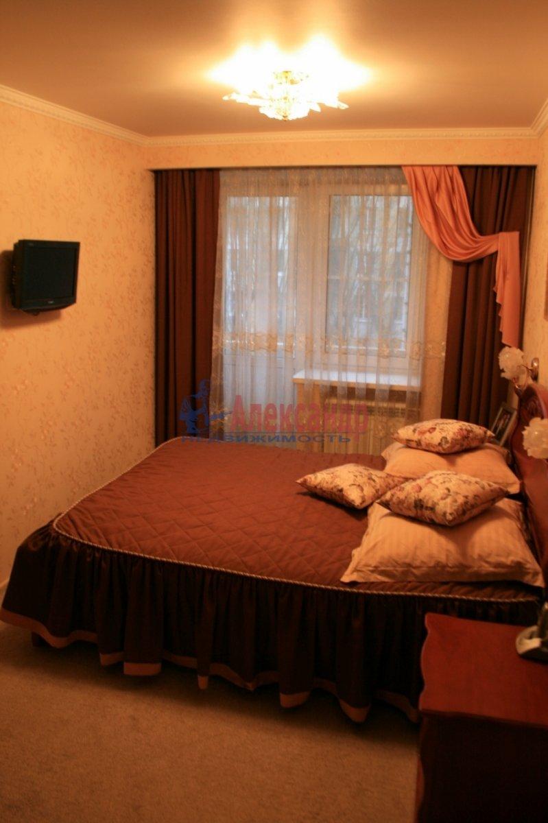 2-комнатная квартира (48м2) в аренду по адресу Варшавская ул., 37— фото 2 из 8