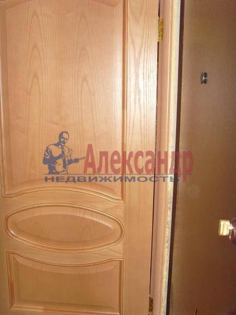 2-комнатная квартира (60м2) в аренду по адресу Бородинская ул., 13— фото 2 из 4