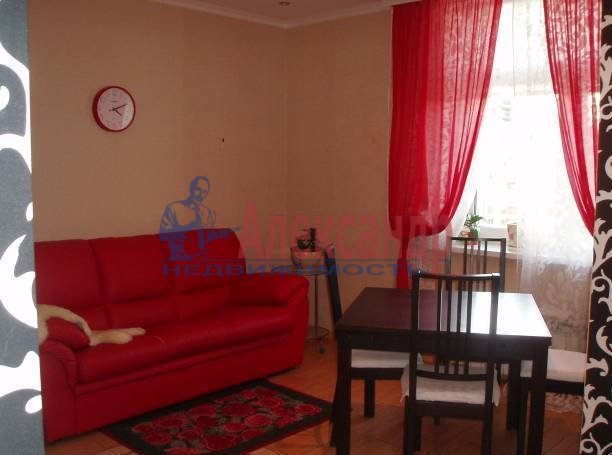 2-комнатная квартира (78м2) в аренду по адресу Морская наб., 37— фото 3 из 5