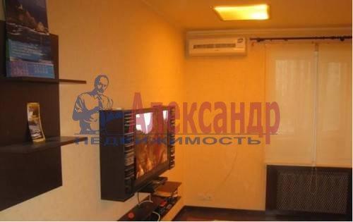 2-комнатная квартира (62м2) в аренду по адресу Коллонтай ул., 17— фото 3 из 5