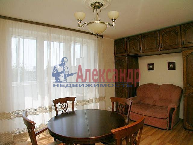 2-комнатная квартира (67м2) в аренду по адресу Ленина ул., 26— фото 1 из 12