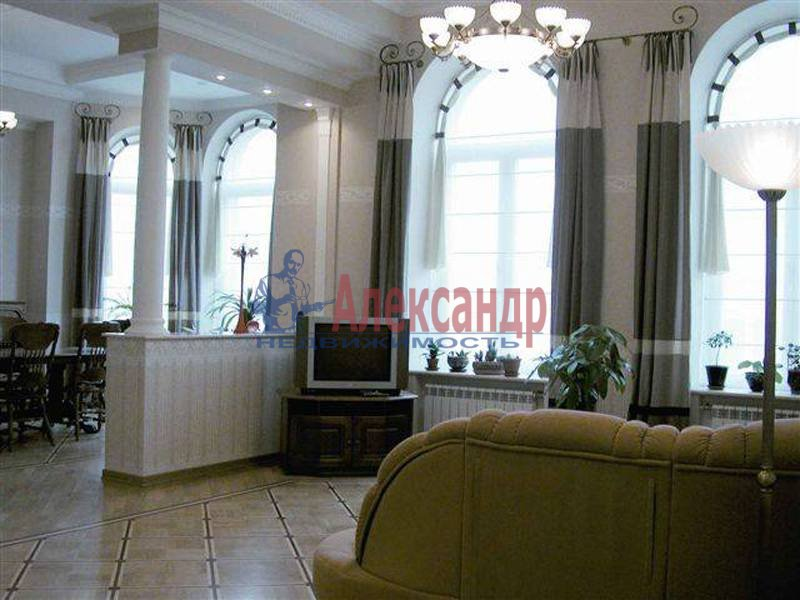 3-комнатная квартира (95м2) в аренду по адресу Итальянская ул., 11— фото 1 из 2