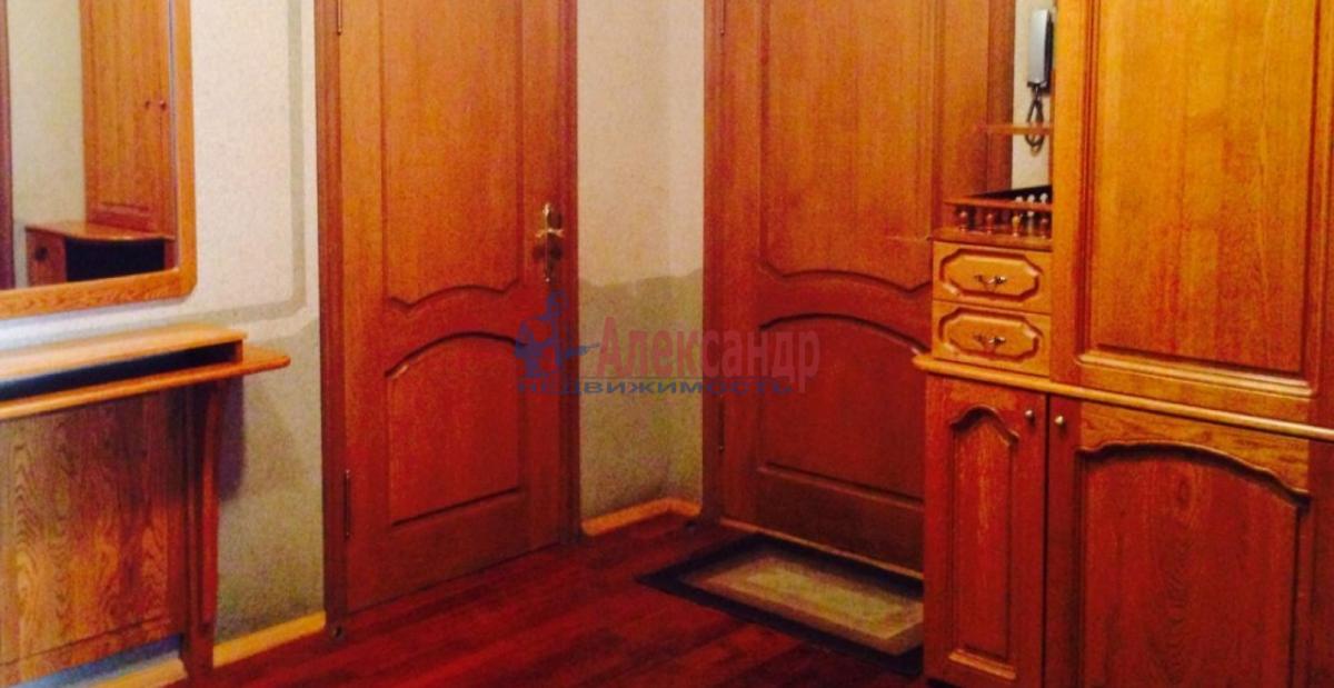 3-комнатная квартира (85м2) в аренду по адресу Чернышевского пл., 10— фото 6 из 9