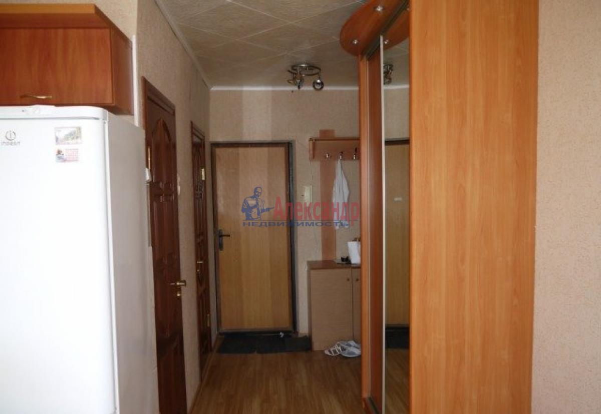 1-комнатная квартира (38м2) в аренду по адресу Ленинский пр., 74— фото 4 из 6