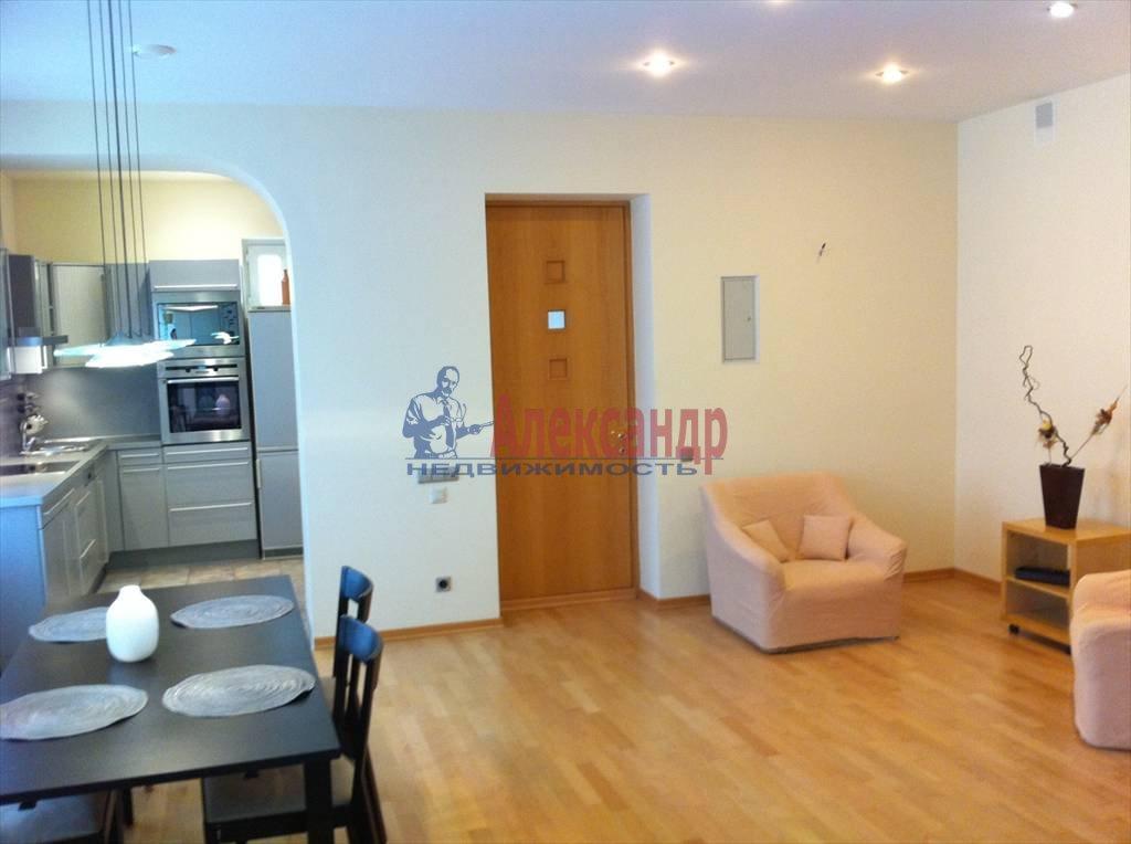 2-комнатная квартира (72м2) в аренду по адресу Никольский пер., 11— фото 3 из 9