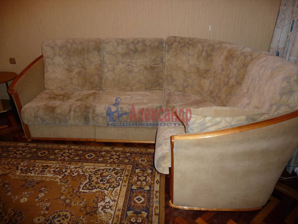 3-комнатная квартира (68м2) в аренду по адресу Невский пр., 103— фото 4 из 5