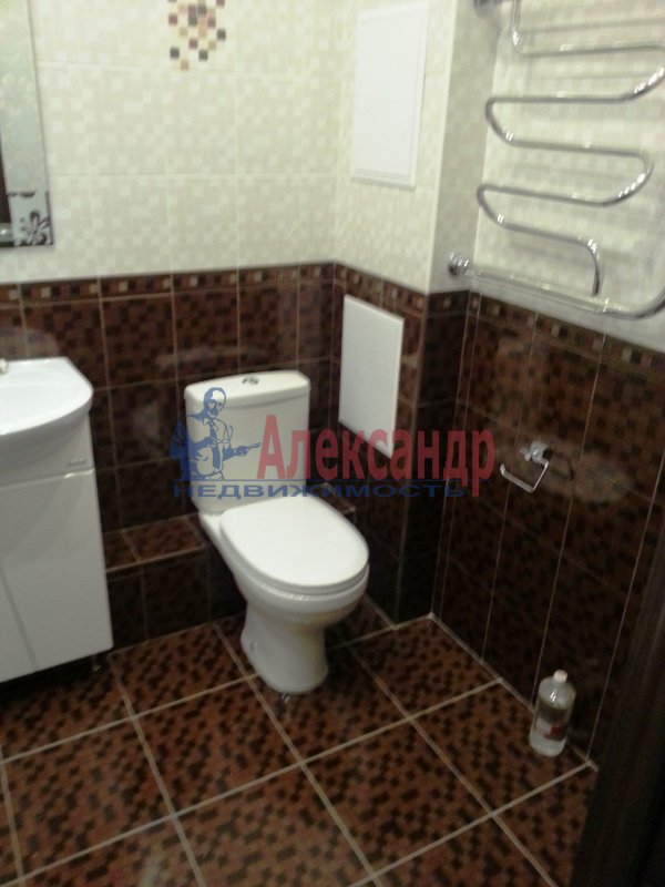 1-комнатная квартира (39м2) в аренду по адресу 1 Рабфаковский пер., 3— фото 2 из 9